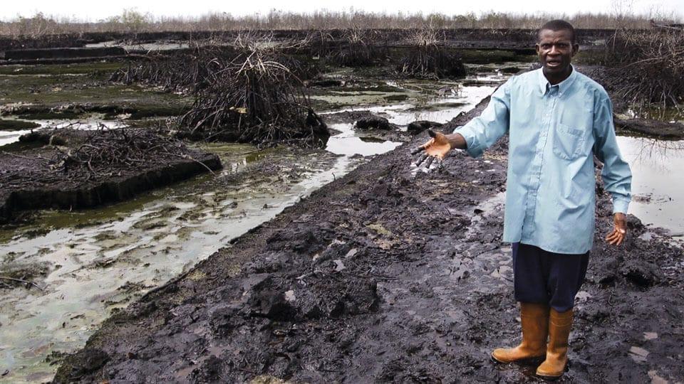 Mala gestión de residuos de Industria Petrolera, Delta del Río Níger, Nigeria.  Fuente:   https://www.revistamundoverde.net/articulos/revelan-los-10-lugares-mas-contaminados-del-mundo